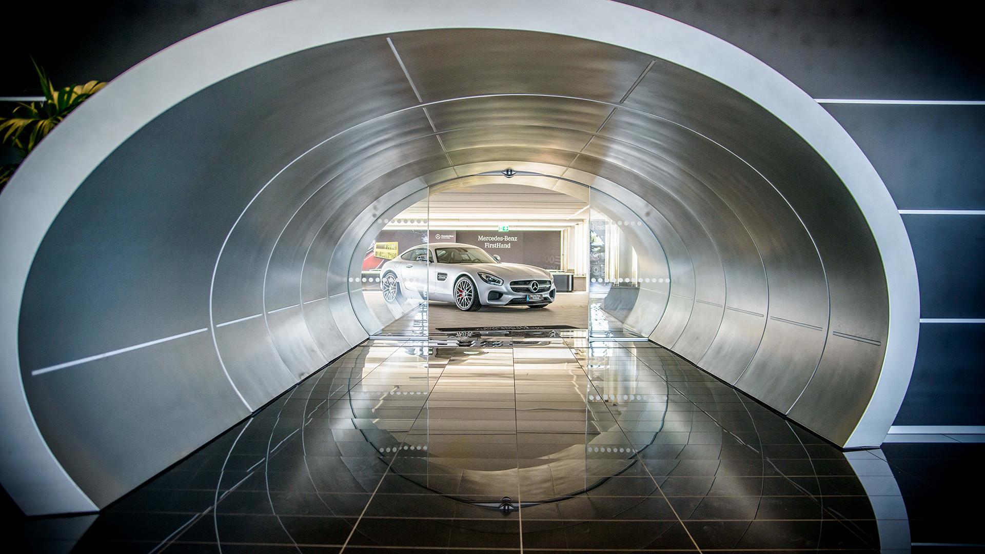Mercedes-Benz Italia | Retail Package